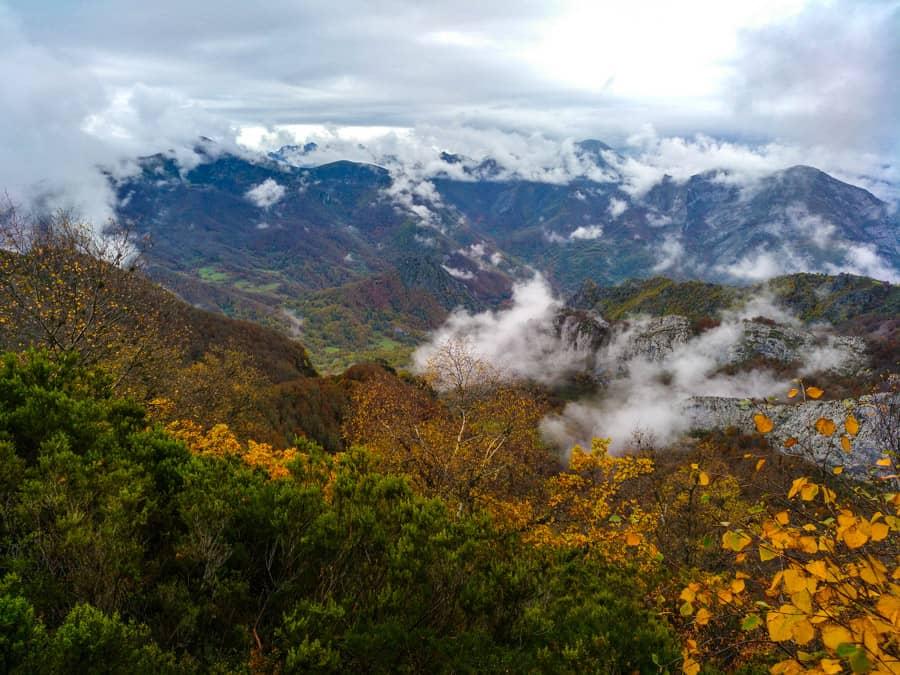 senderismo en Valdeón y Sajambre (Picos de Europa - León)